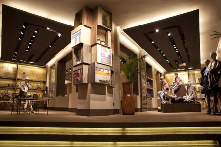 Flagship store de adolfo dom nguez en madrid la marca de for Adolfo dominguez serrano 96