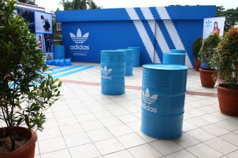 imagen de la pop up store de Adidas