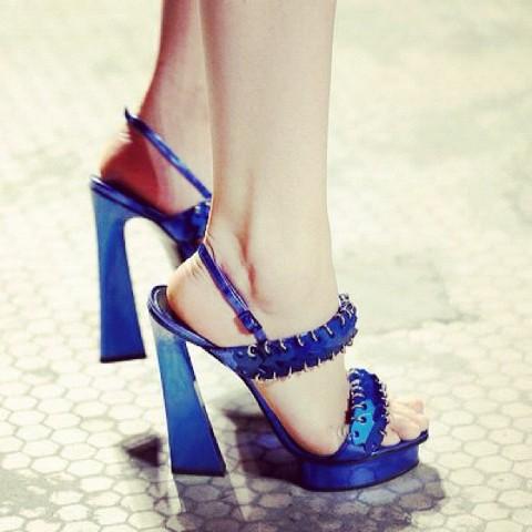 Proenza Schouler sandalias azul klein